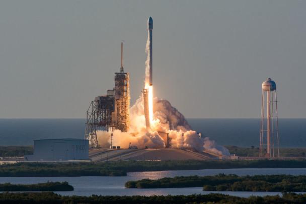 Запуск ракеты-носитель Falcon 9 прошел воФлориде