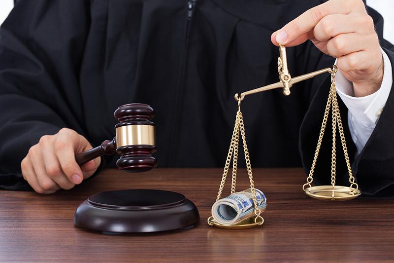получение взятки судебные решения резко обернулся