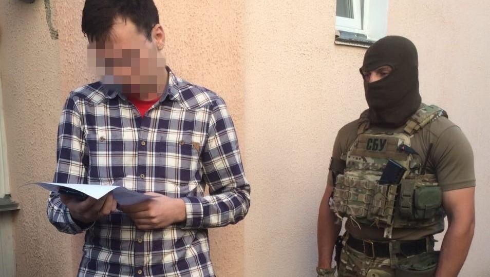 Подозреваемого вгосизмене украинского репортера арестовали на2 месяца