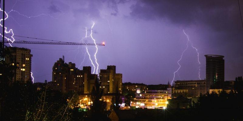 В государство Украину идут грозовые дожди ишквальный ветер