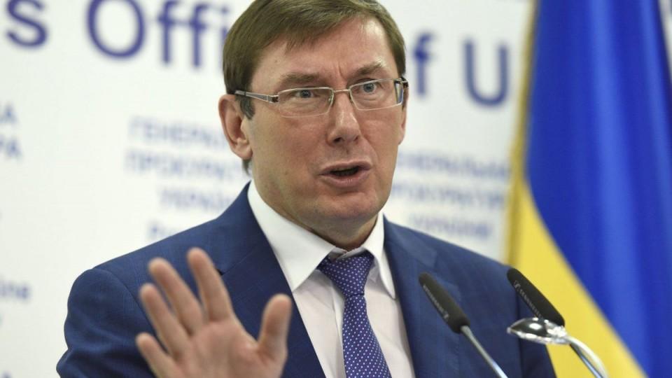 Вгосударстве Украина снизилась средняя заработная плата