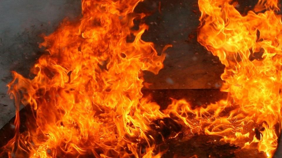 Врезультате сильного возгорания напроизводстве под Киевом умер человек