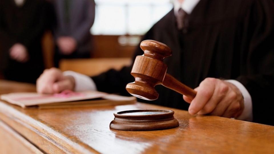 Суд отпустил под домашний арест 3-х подозреваемых впогроме Святошинского суда