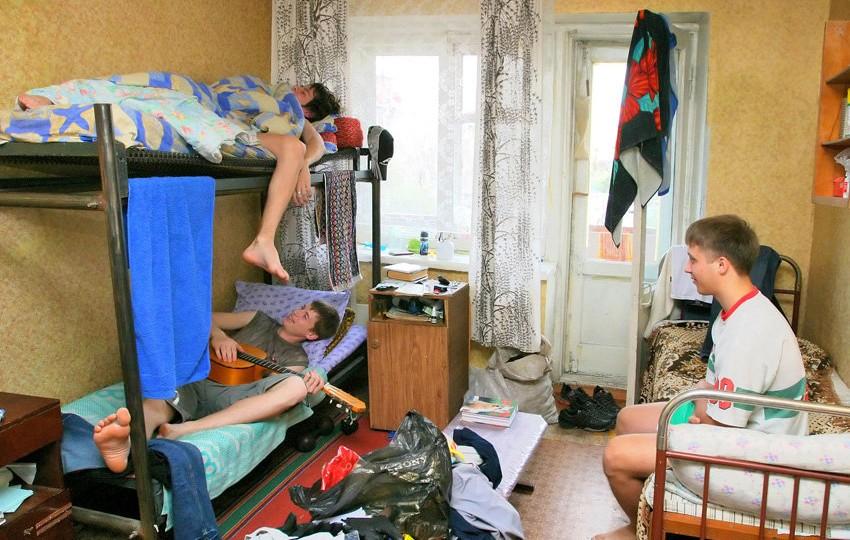 Студенты могут заходить всвои общежития круглые сутки - МОН
