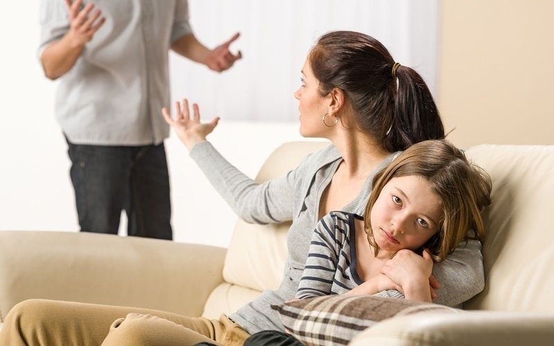 алименты с ребенка на родителя как избежать пока она