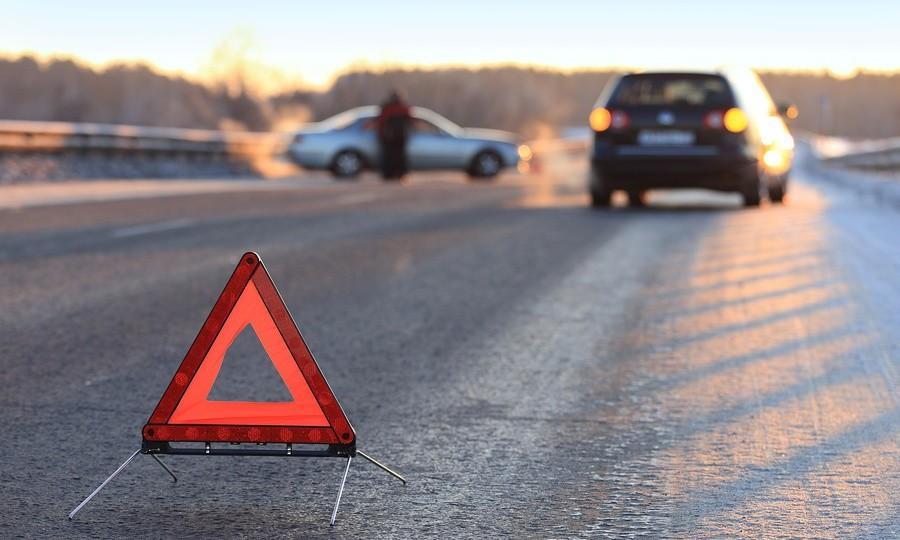 Под Киевом шофёр километр тащил прохожего потрассе— Тело покрыто асфальтом