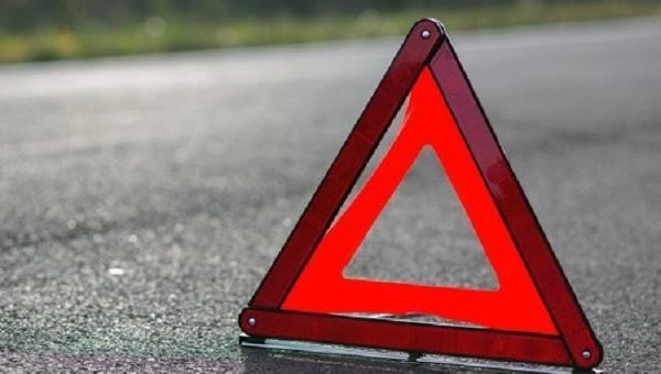 Столкнулись маршрутка и грузовой автомобиль — ДТП вКиеве