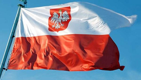 Сенат Польши принял скандальные законы осудебной реформе