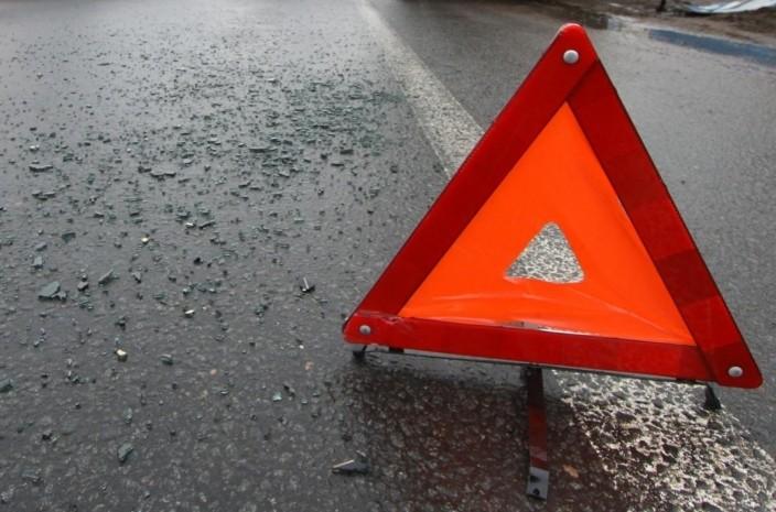 ДТП вКиеве: водителя вытаскивали 40 мин. израсплющенного авто