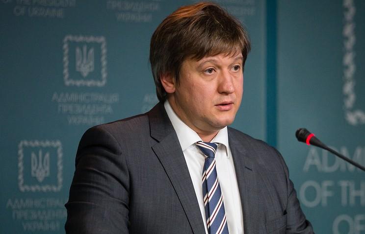 Данилюк считает ослабление курса гривны связанным сотсутствием транша МВФ