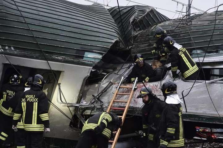 ВИталии сошел срельсов поезд, погибли два человека
