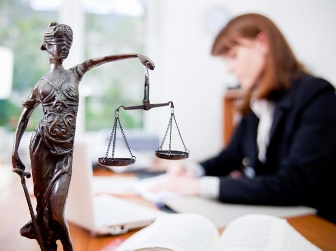 Расчет суммы судебных расходов: дорого ли обойдется посудиться