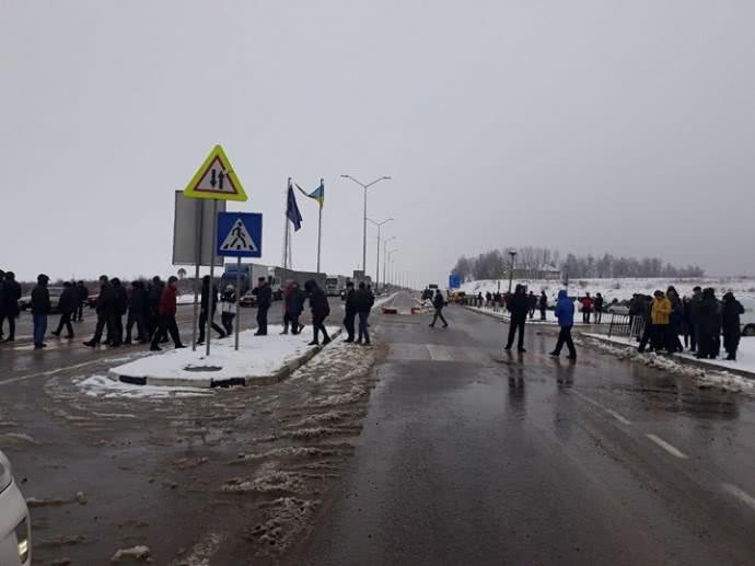 Пограничные пункты сПольшей блокируют акцией протеста: движение перекрыто
