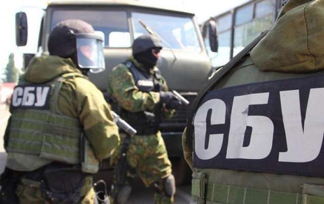 Боевики «ЛНР» раздавили бульдозером 85кг красной икры