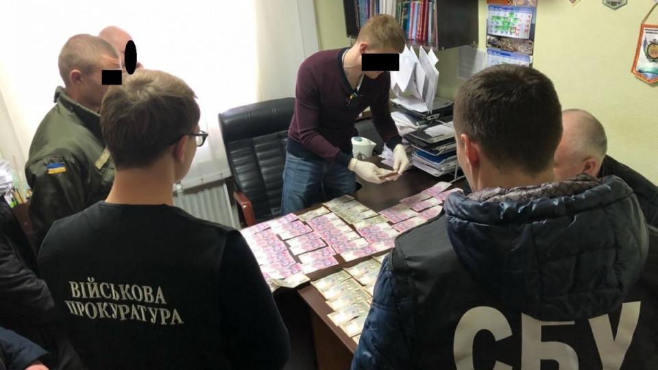 «Укроборонпром» ивзятки: вХарькове директора завода взяли наместе правонарушения