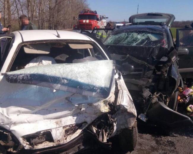 ВДТП вХарьковской области погибли 4 человека, пострадали 5