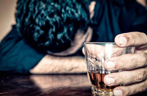 На сколько сокращается жизнь из-за употребления алкоголя