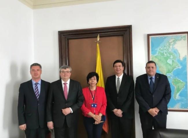 Безвиз для Украины: наочереди Колумбия