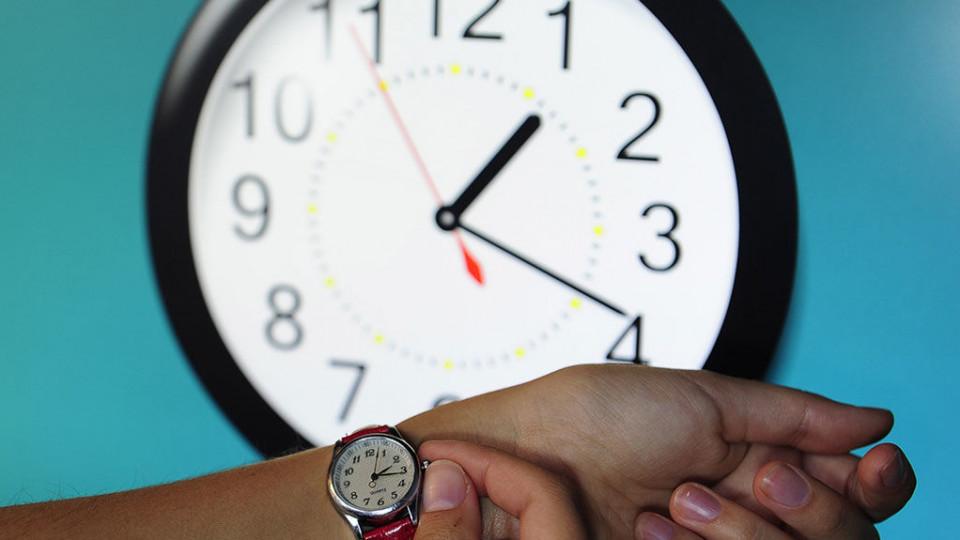 Куда переводят часы в саратове