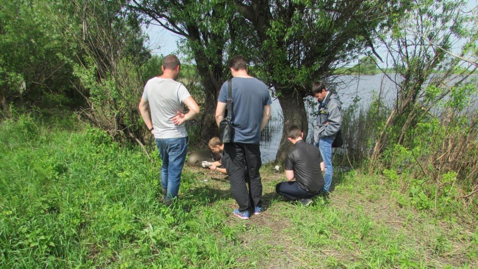 Труп з ознаками насильницької смерті знайшли під Ужгородом
