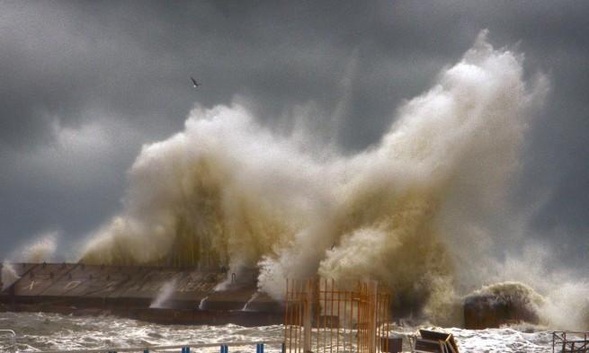 Шторм в Одессе полностью уничтожил популярный пляж