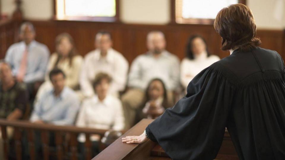 Нероз'яснення права на суд присяжних як підстава для скасування вироку