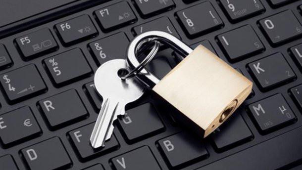 Як і для чого українські суди блокують сайти в інтернеті