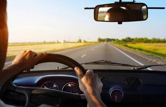 Как поехать за границу на собственном автомобиле: что нужно знать