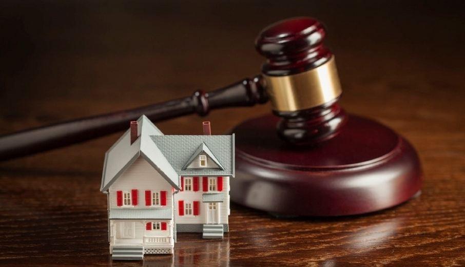 Знесення самовільного об'єкту будівництва та скасування держреєстрації: як визначити юрисдикцію