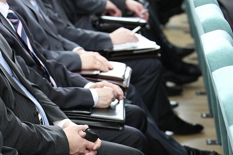 Скільки будуть отримувати чиновники в 2020 році: постанова Кабміну