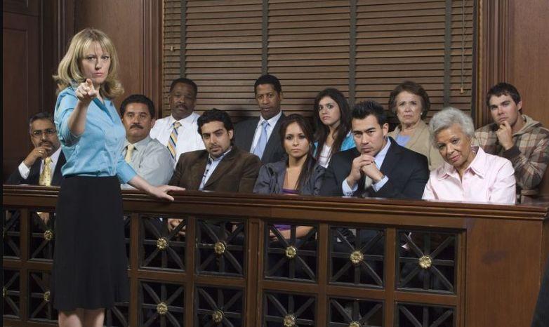 Присяжних притягнули до відповідальності через несвоєчасну подачу декларацій