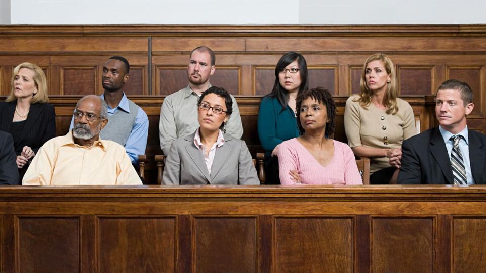 Лава присяжних, вердикт та інше: як пропонує змінити кримінальний процес представник Зеленського у КСУ та колеги від Слуги народу