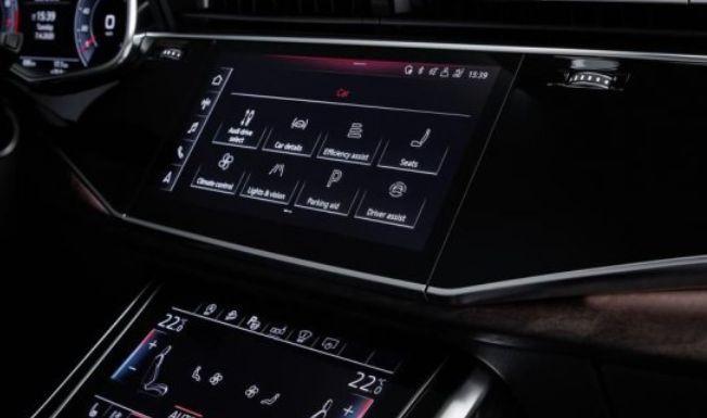 Топ-10 автомобилей с самой удобной электроникой