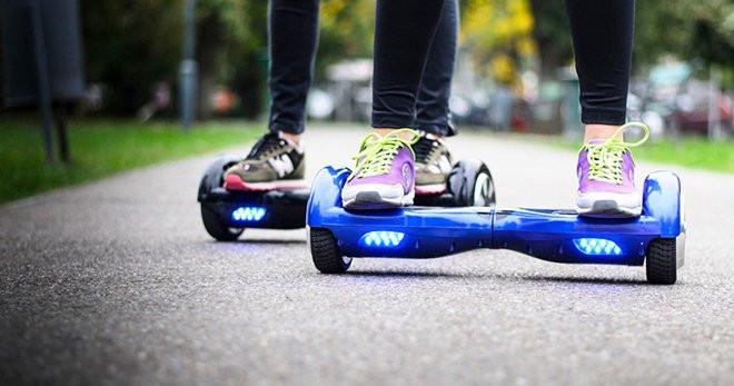 Владельцев гироскутеров и электросамокатов смогут привлекать к ответственности за нарушение правил дорожного движения