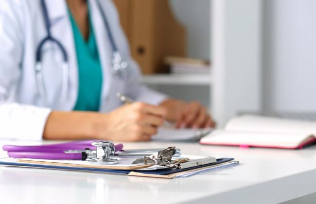У МОЗ повідомили, коли медикам підвищать зарплату