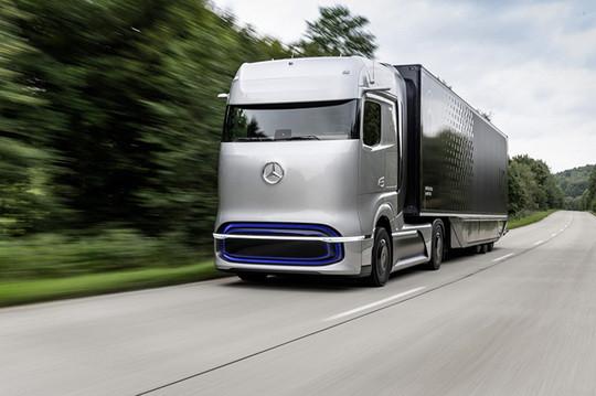 Водородные элементы и 1000 км запаса хода - Mercedes выпустит новый автомобиль