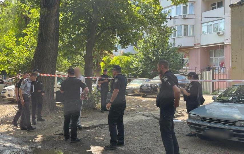 В Одесі посеред вулиці розстріляли чоловіка: деталі