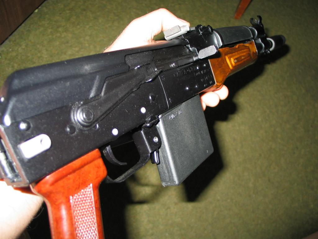 ВАрмении неизвестный расстрелял участников траурной церемонии, шестеро ранены